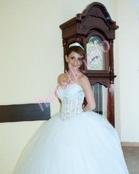 Wedding dress 78549758